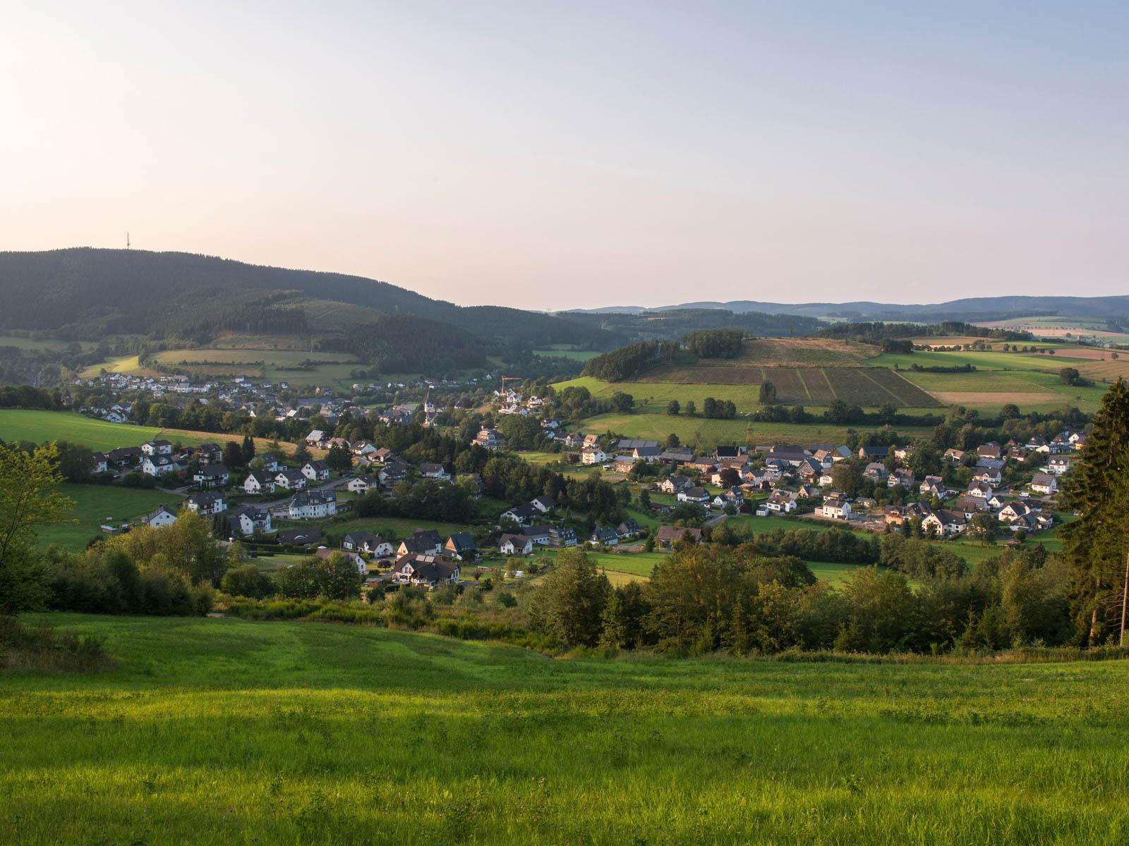 Sauerland Karte Berge.Fleckenberg Im Schmallenberger Sauerland Ein Dorf Voller Leben